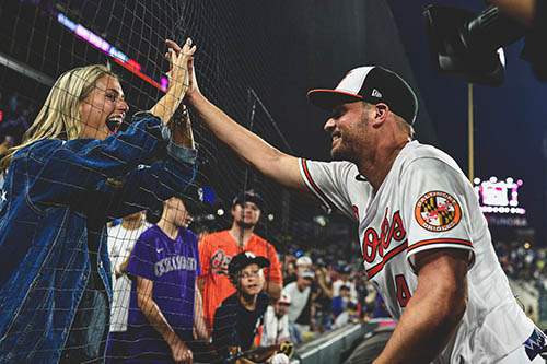 Forget The Record; Mullins and Mancini Make O's Fans Smile