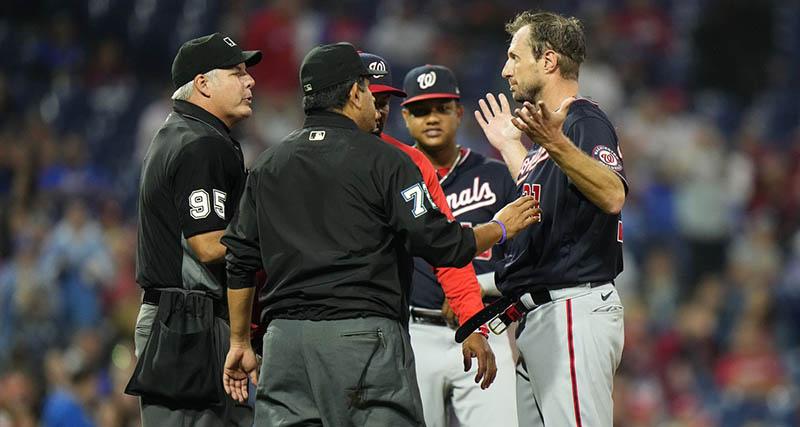 Max Scherzer Gives Joe Girardi The Treatment He Deserves